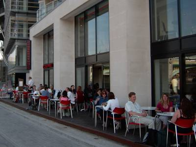 Pizza Express Opens Early On Bankside 28 June 2003