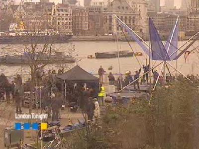 Closer filming on the South Bank