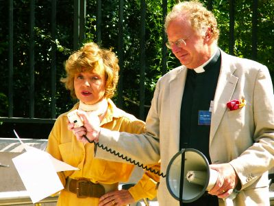 Prunella Scales and Colin Slee