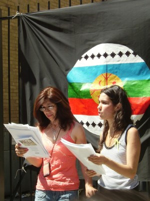 Miriam Bell and Carla Diego of Ecomemoria read a p