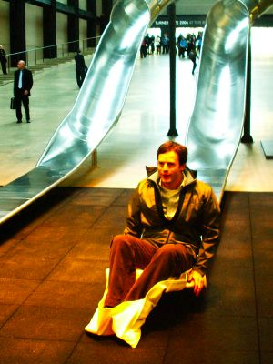 Giant slides fill Tate's Turbine Hall