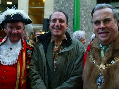 Town crier Peter Moore, Simon Hughes MP and the Lo