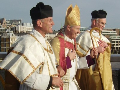 Rt Revd Christopher Chessun (centre)