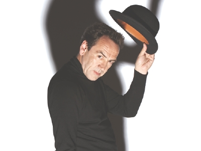 Robert Lindsay as Archie Rice