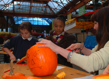 Pumpkin carving in Borough Market