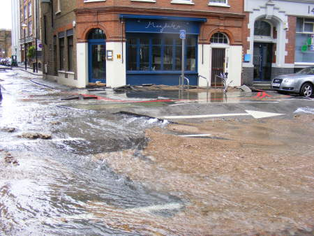 The great flood of Tooley Street
