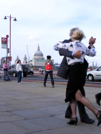 Tango on Blackfriars Bridge