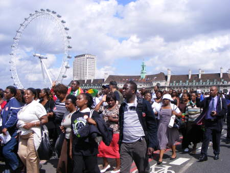 Zimbabwean exiles march on the South Bank