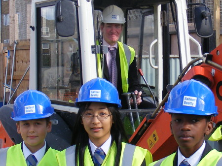 Cllr Nick Stanton with Walworth academy pupils