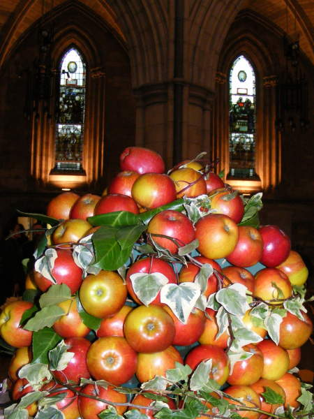 Apple display at Southwark Cathedral