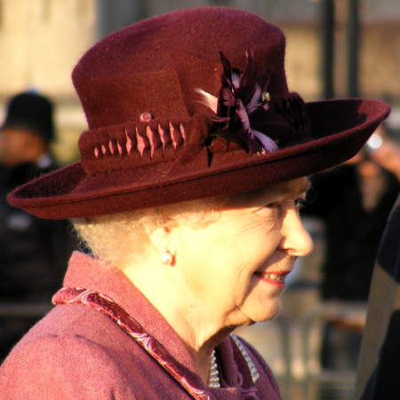 The Queen at Potters Fields Park