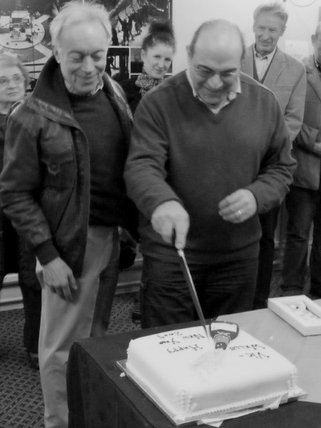 David Suchet cuts the Twelfth Night cake