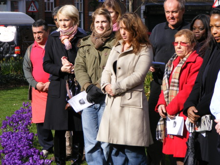Friends and neighbours gather for Gloria Burgos tree dedication