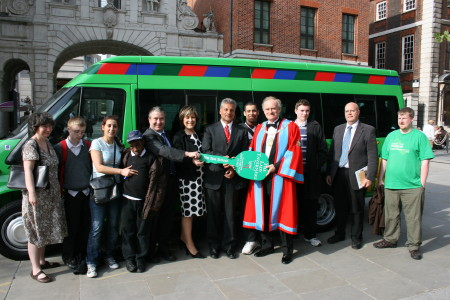 Lynda Bellingham presents Spa School with Lord's Taverners minibus