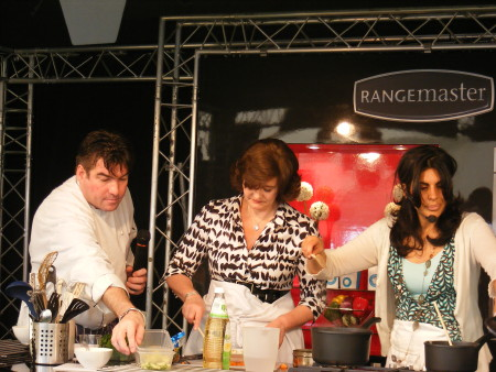 Cherie Blair cooking with Ross Burden and Anjum An