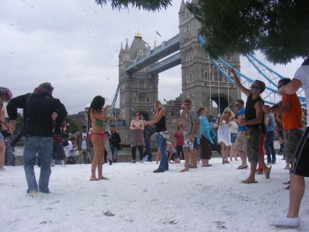 Snowball fight in Potters Fields Park