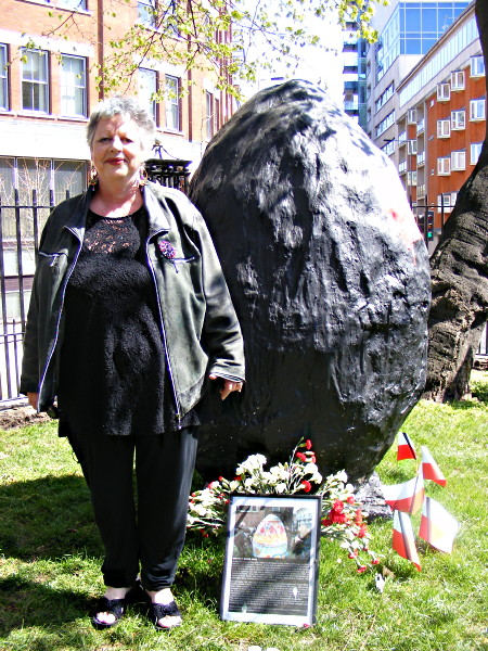 Jo Brand next to the giant egg