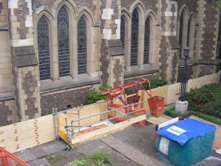 Historic Southwark Cathedral vault excavated for Thameslink reburials
