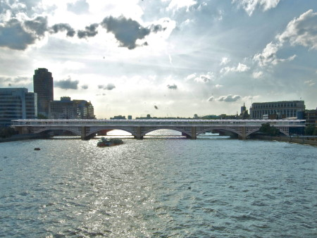 Competition launched to find new artwork for Blackfriars Bridge