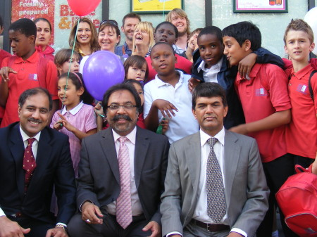 Miss Universe GB joins Children's Art Day celebrations at Costcutter