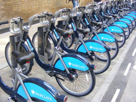 TfL shows off first 'live' cycle hire docking station at Bankside