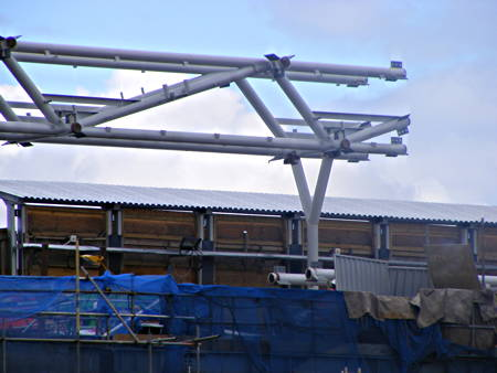 First section of Blackfriars Station roof lifted into place
