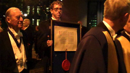 Pikemen and musketeers escort Launderers' Royal Charter from Southwark Cathedral to Glaziers Hall