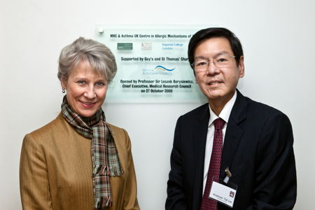 HRH the Duchess of Gloucester and Professor Tak Le