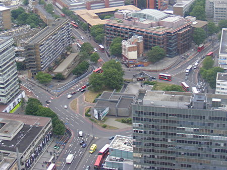 Elephant & Castle northern roundabout: 'peninsula' plan in jeopardy