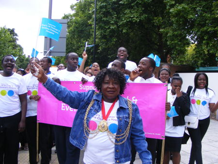 Lambeth mayor walks from SW2 to SE1 in aid of Evelina Children's Hospital