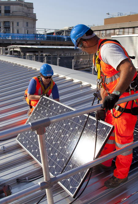 Work starts on installation of 4,400 solar panels at Blackfriars Station