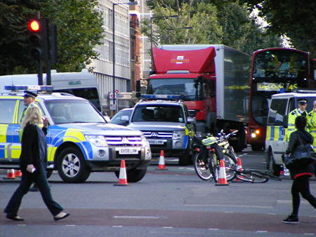 Cyclist injured in Blackfriars Road scooter collision