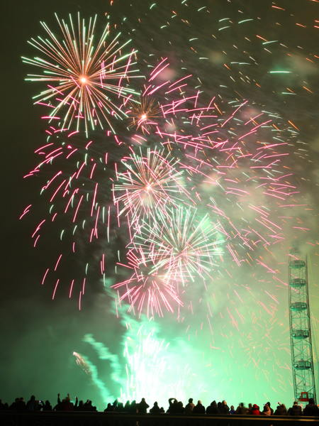 London sees in 2012 with fireworks at the London Eye