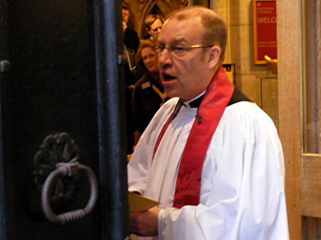 Very Revd Andrew Nunn installed as Dean of Southwark