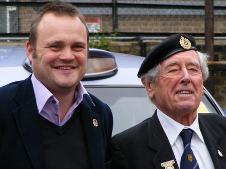 Boris Johnson and Al Murray in Waterloo to meet Holland-bound war veterans