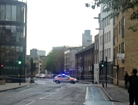 Armed police drama in Southwark after attempted robbery