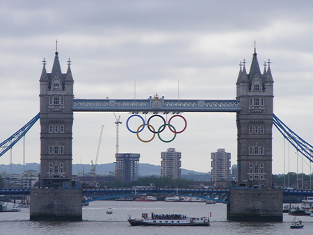 Olympic rings unveiled at Tower Bridge