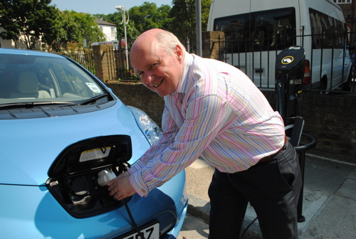 New electric car charging point in Horselydown Lane