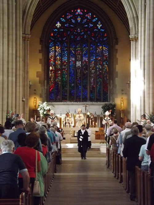 Dockhead Choir sings at Paralympics Mass in St George's Cathedral