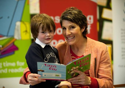 Tamsin Greig visits Cathedral School for Booktime 2012 launch