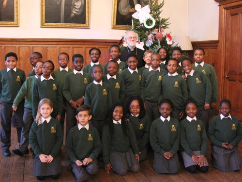 SE1 children decorate Lambeth Palace Christmas trees