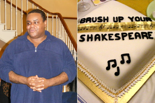 Clive Rowe cuts Twelfth Night cake at The Old Vic