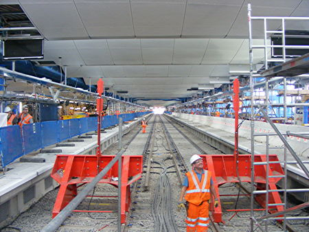 Thameslink at Blackfriars: Wimbledon keeps through trains in 2018