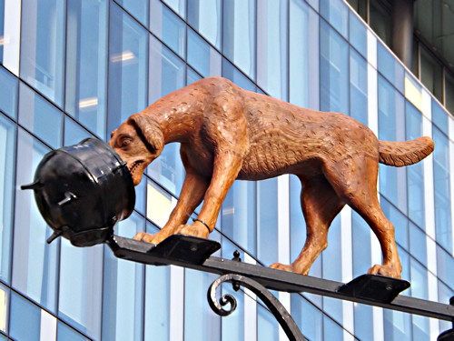 Charles Dickens' great-great-grandson unveils Dog and Pot sculpture