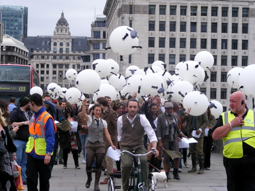 Flying sheep at London Bridge and a peat bog in Potters Fields