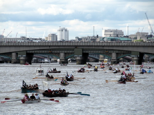 Great River Race: pictures and video
