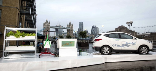 Hydrogen-powered 'farm' installed outside Design Museum