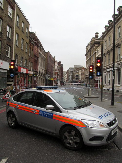Murder inquiry launched after man stabbed in Borough High Street