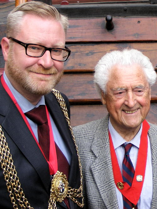 Tributes paid to Mayor of Lambeth Cllr Mark Bennett