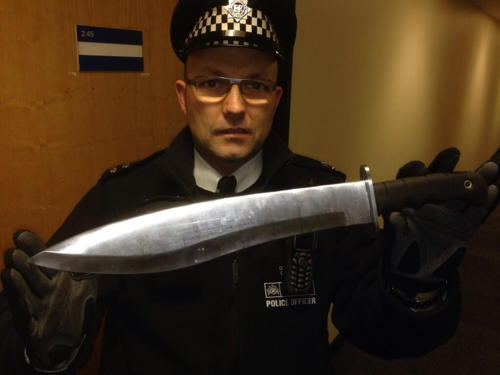 Elephant & Castle: teenagers plead guilty to possession of knives